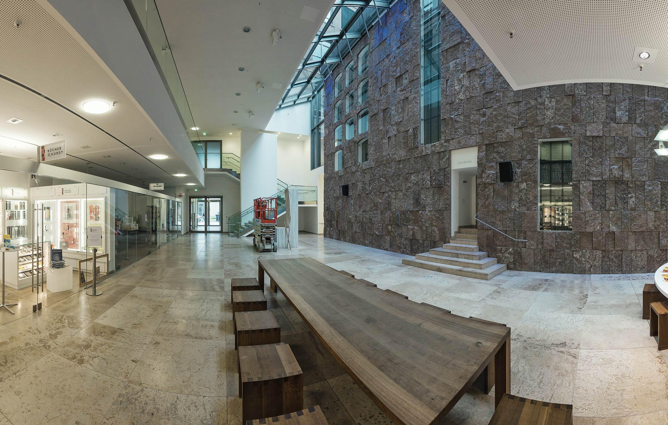 2015, Immobilienkonzept für das katholische Stadtdekanat Stuttgart
